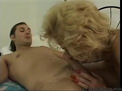 Deanna And Craig Hardcore Fucking On Bed Mature Mature Porn Granny Old Cumshots Cumshot